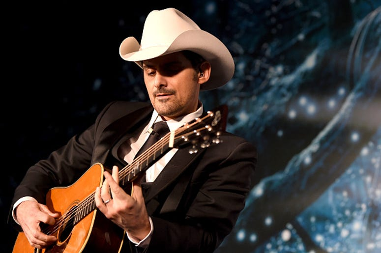 Brad Paisley, Acoustic, Song, No I in Beer, Country Music
