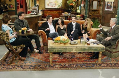 Friends, Pop Up Experience, Chicago, Iconic Sets, Couch, TV Show, 90s