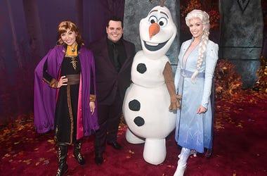 Olaf, Frozen, The Last Dance, Narrate, James Corden