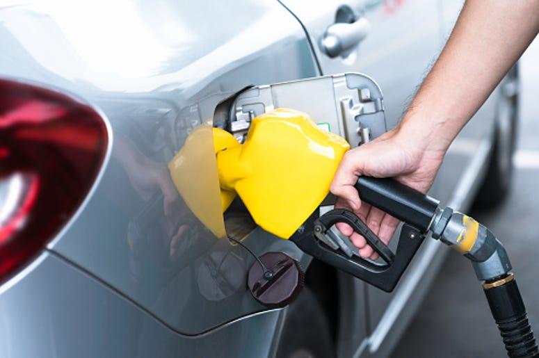 Gas Attendant, New Law, Illinois, Lawmaker