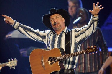 Garth Brooks, Concert, Drive-in Theater, Chicagoland,