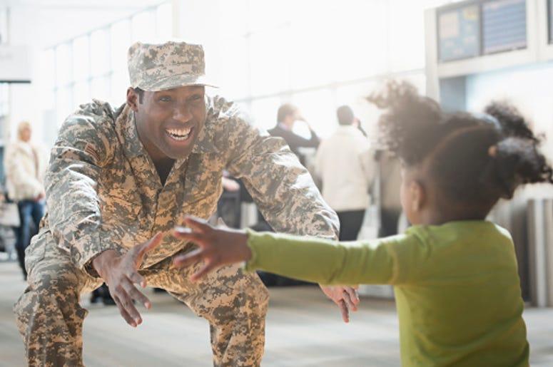 Military Family, Hug a Hero, Army, Family, Deployment