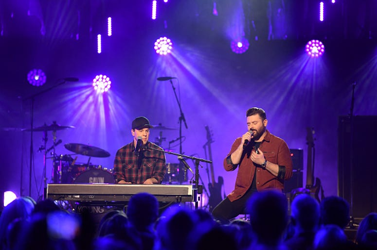 Chris Young, Gavin DeGraw, CMT Crossroads, Country Music