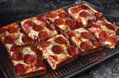 Jet's Pizza, Buy One Give One, Chicago, Essential Workers