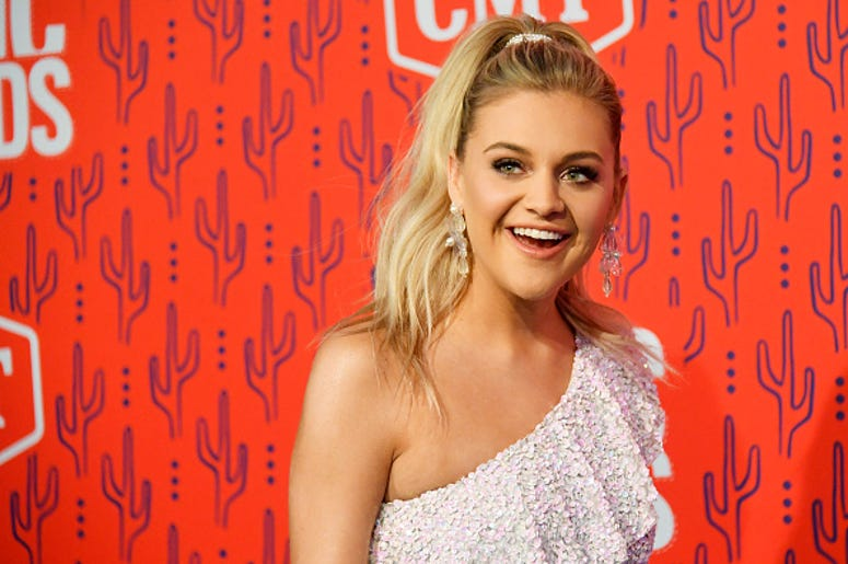 Kelsea Ballerini, New Song, Country Music, Drinking, Hole in the Bottle