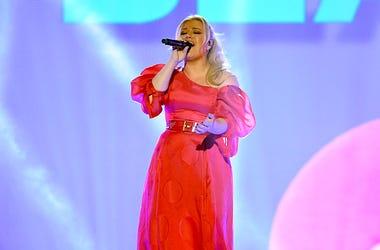 Kelly Clarkson, The Kelly Clarkson Show, Season 2, Premiere, TV Show theme songs, Kellyoke