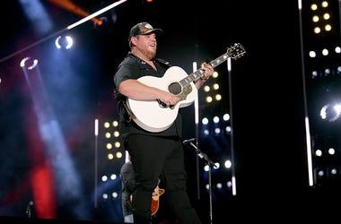 Luke Combs, New Single, Country Music, Radio