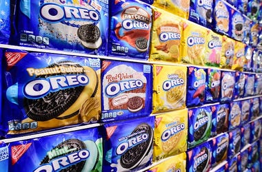 Oreos, Seasonal, Fall, Maple Cream, Golden Wafers, Grocery Store, Shelves