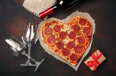 Heart Shaped Pizza, Valentine's Day, Restaurant, Local