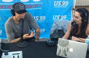 Kane Brown & Kimmie Caruba chat at Hollywood Casino Amphitheatre