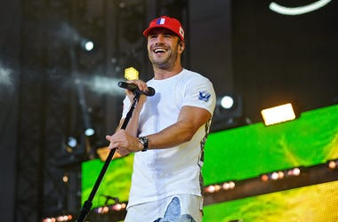 Sam Hunt, New Single, Break Up, 90s, Social Media, Smartphones, Radio, Country Music