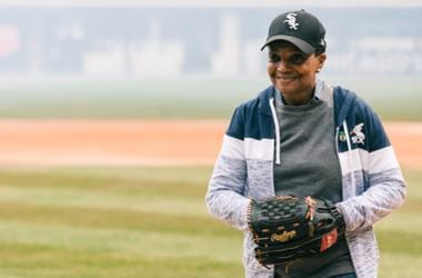 Mayor-elect Lori Lightfoot throws out the first pitch for the Chicago White Sox.