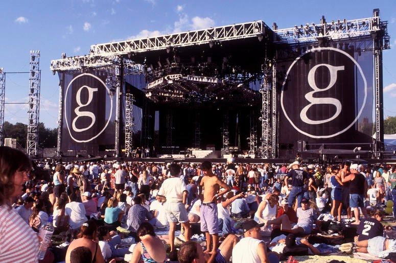 Garth Concert