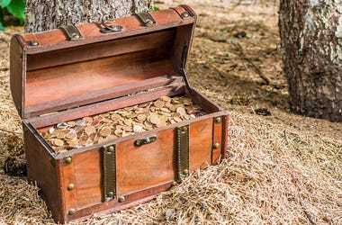 Treasure, Chest, Forest, Rocky Mountains