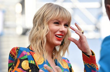Taylor Swift, Donation, Money, Fans
