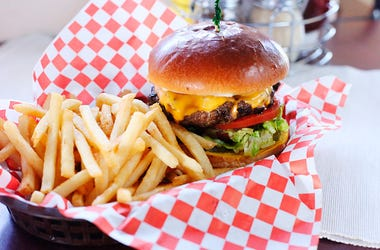 Walhburgers, New Location, St. Charles, Donnie Walhberg, Restaurant, Local, Food