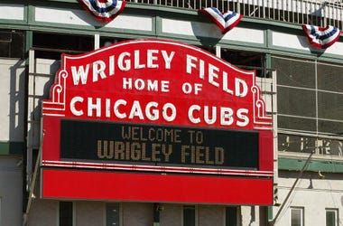 Wrigley Field, Chicago Cubs, COVID-19, Relief Efforts