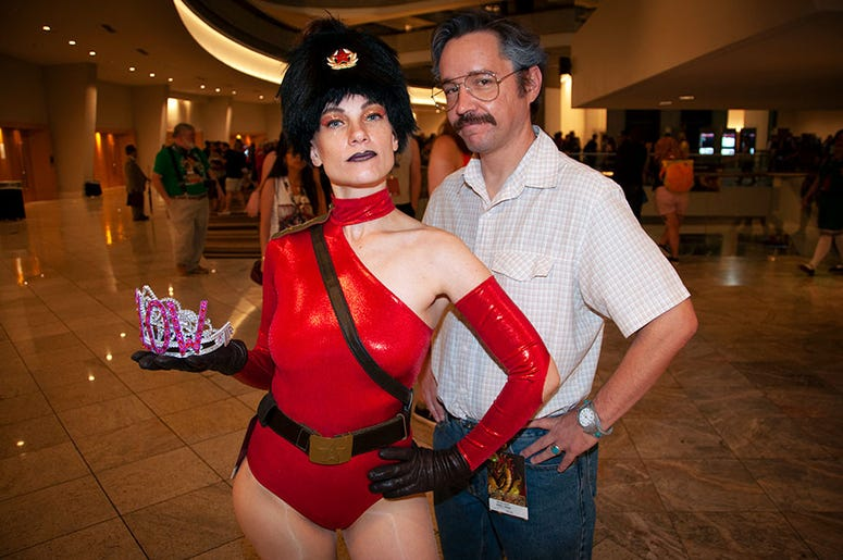 A couple of cosplayers at Dragon Con