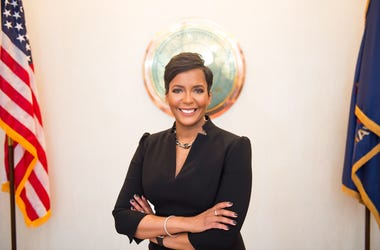 "Mayor Keisha Lance Bottoms calls Governor Kemp's order to reopen businesses ""premature"""