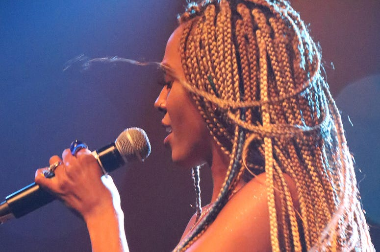 Jade Novah wearing her hair in box braids
