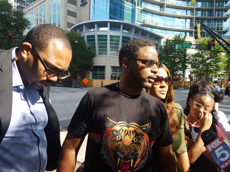 The Savage Family interrupted a news conference that was being held by a rep for R Kelly last Friday in midtown Atlanta