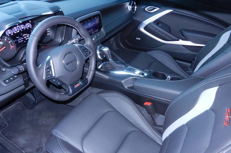 Chevy Camaro 2SS