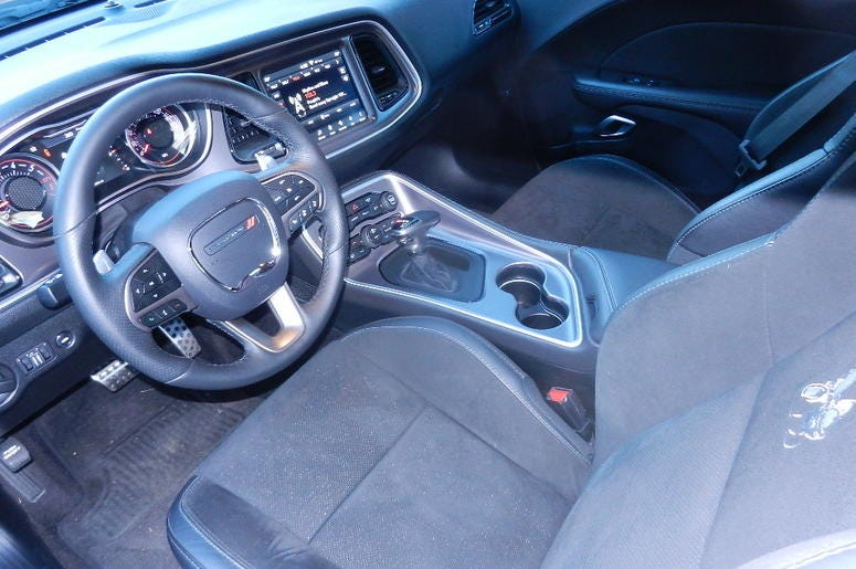 Dodge Challenger R/T Scat Pack Plus