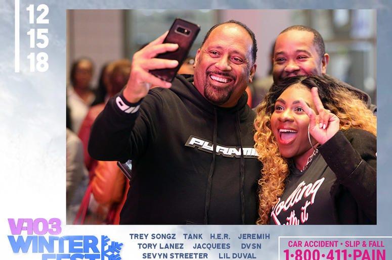 Frank Ski takes selfie with fans attending #V103Winterfest in Atlanta on December 15, 2018
