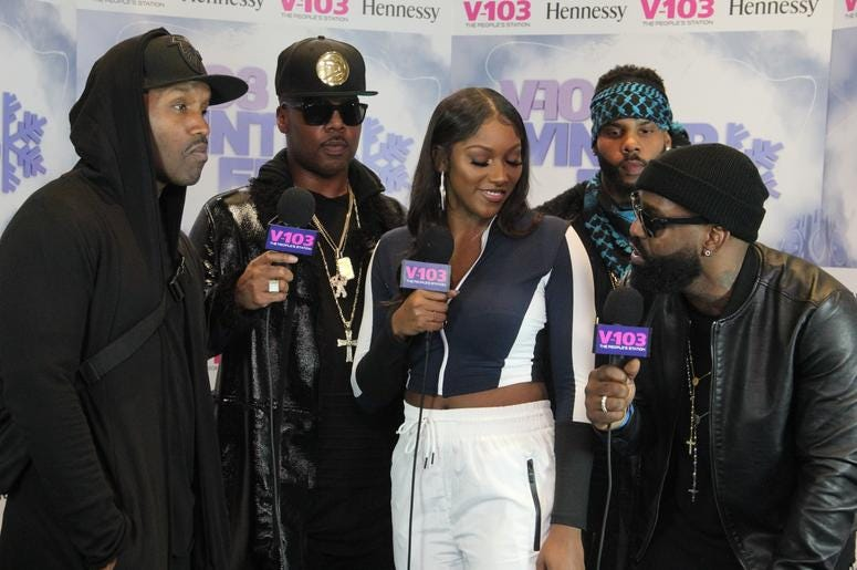 Jagged Edge and Liz Smith backstage at V-103 Winterfest 2018