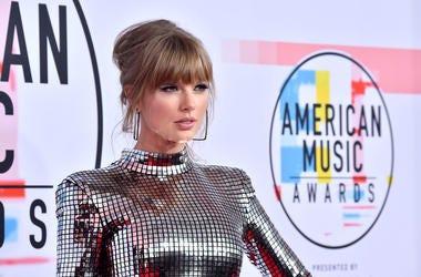 Let's Recap: The Taylor Swift & Scooter Braun Drama.jpg