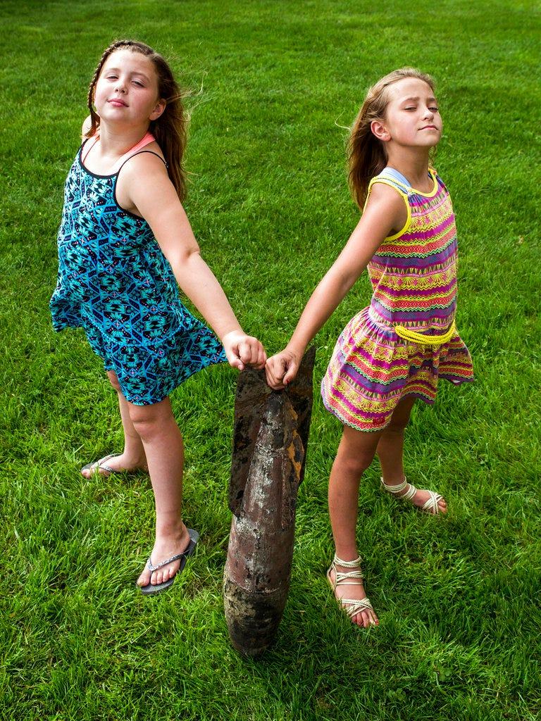 Girls discover World War I practice bomb in Michigan lake