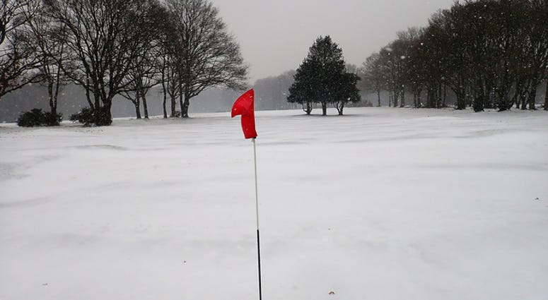 golf in the snow