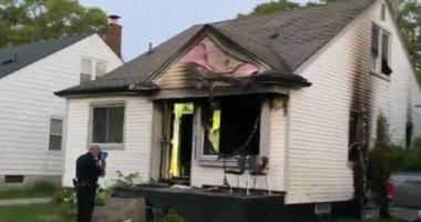 A fire kills a child in Detroit