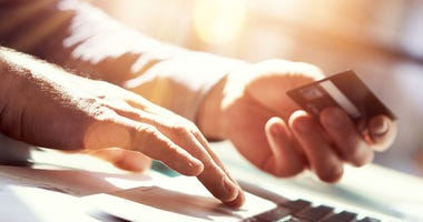 online shopping identity theft