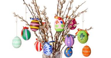 'Easter Trees' Bring Joy to Many Homes Amid Coronavirus Pandemic