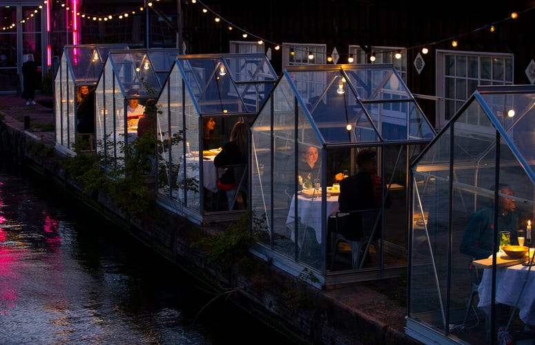 dining in glasshouses