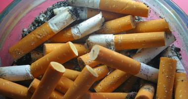 cigarettes ashtray