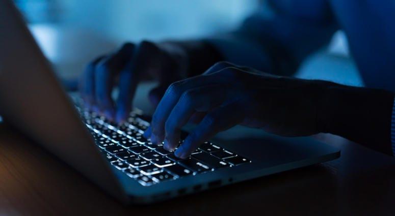 laptop dark