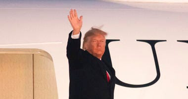 Donald Trump boarding Air Force One