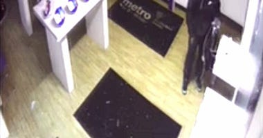 waterford metro pcs robbery