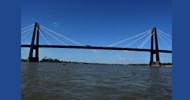 Barges sink, tugboat hits Hale-Boggs Bridge