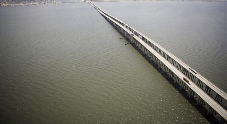 Man falls to death from Twin Spans after accident on roadway