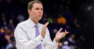 Jan 23, 2019; Baton Rouge, LA, USA; LSU Tigers head coach Will Wade reacts to a play against Georgia Bulldogs in the first half at Maravich Assembly Center.