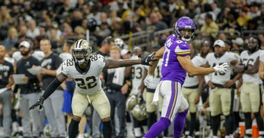 New Orleans Saints defensive back Chauncey Gardner-Johnson (22) defends against Minnesota Vikings tight end Cole Hikutini (87) during the second half at the Mercedes-Benz Superdome.
