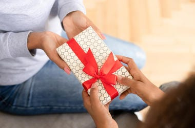 Majority of People Would Rather Get a Heartfelt Gift Than an Expensive One