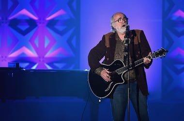 Grateful Dead lyricist Robert Hunter performs in concert.