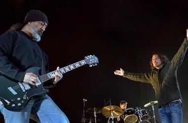 Chris Cornell & Kim Thayill of Soundgarden