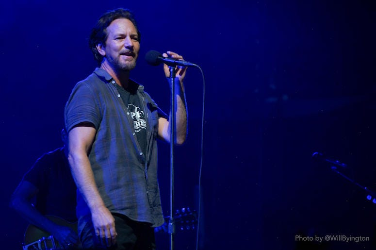 Pearl Jam Live At Wrigley Field