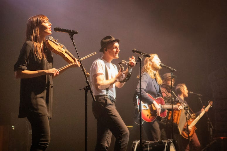 The Lumineers perform live in concert at the 93XRT Holiday Jam.
