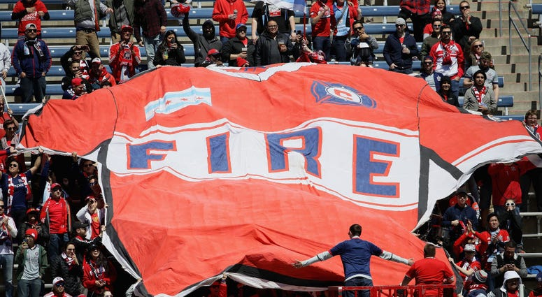 Chicago Fire Fc Fans Hate Their Club S New Logo Photos 97 1